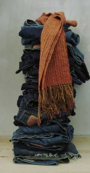 she loves her jeans scarf 1